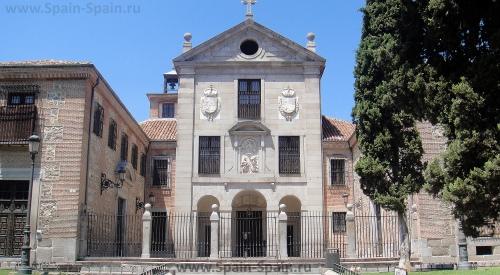 Женский монастырь Энкарнасьон в Мадриде