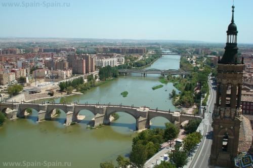 Красивый вид на город Сарагоса