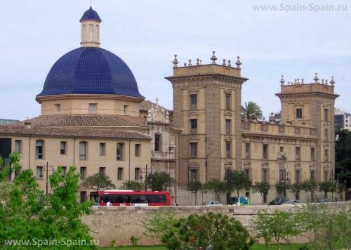 Музей искусств в Валенсии